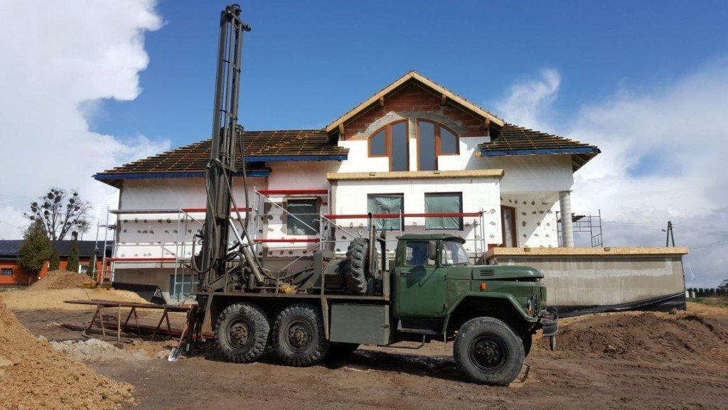 instalacje budynku Appia Technical, pompy ciepła, odwierty do pomp ciepła